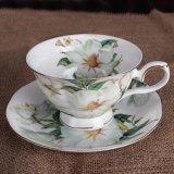 Bone China bela chávena de café e pires de porcelana de xícara de café Espresso Copa bone china
