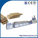 Perfil plástico de madera que hace la máquina