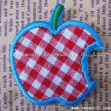 衣服の装飾のアクセサリのためのカスタム方法チェリーのフルーツの刺繍パッチ