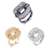 Neues Form-Ineinander greifen-quadratischer Finger-Kristallring
