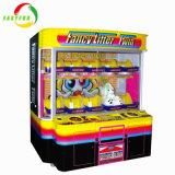 La macchina premiata a gettoni della branca di lusso della gru/supervisore chiave scherza i giochi della gru