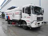 9cbm Dongfeng Tianjin 4X2 LHD 진공 청소 거리 세척 스위퍼 트럭