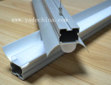 Decken-Profil. Aluminiumprofil mit Opalmattdiffuser (zerstäuber) für LED-Streifen-Licht-Profil