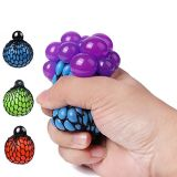 Alívio do Estresse apertando o respiro de borracha macia mostos de uvas de malha Ball Brinquedo Squishy punho esquerdo