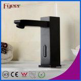 Robinet de capteur automatique à infrarouge à bassin de salle de bain en caoutchouc à huile