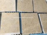 安い価格のベージュ石灰岩の壁のクラッディングのタイル