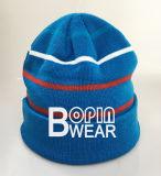 Recuerdos personalizados de Tejer la moda tejida a rayas puños acrílico Beanie Hat