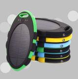 Mini batería portable impermeable universal de la energía solar de RoHS con Carabiner