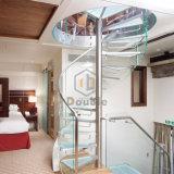 Glasjobstep mit Glasgeländer-gewundenem Treppenhaus für Innen