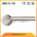 AL034ステンレス鋼のドアの鋳造のハンドルの固体ハンドル