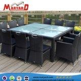 Outdoor PE Rotin chaise de salle à manger du patio en osier Set de table