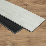 Lvt PVCビニールクリックのフロアーリングの板/商業床タイル
