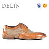 Nuevo diseño de moda hombres zapatos de vestir de cuero auténtico