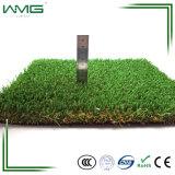 합성 뗏장을 정원사 노릇을 해 직업적인 정원 인공적인 잔디