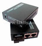 10/100Base-TX para 100BASE-FX con fibra óptica de LFP Media Converter.