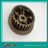 Precisione che lavora la parte alla macchina dell'alluminio di CNC