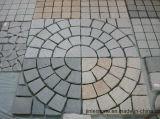 A pedra natural inflamou-se sobre para a pavimentação do jardim