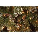 Árvore de Natal artificial de pré-iluminação de pinho nevado de 7.5FT com cones de pinho e luzes multicoloridas (MY100.094.00)