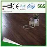 plancher de stratifié d'épreuve de l'eau de noix de café de 12mm pour la salle à manger avec du CE et la plaque d'immatriculation