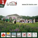 1000 الناس [ودّينغ برتي] خيمة لأنّ حادث خارجيّة
