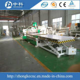 Cadena de producción de los muebles cargamento auto y descarga del ranurador de madera del CNC 3D