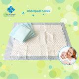Bâti remplaçable de soin de bébé sous la garniture