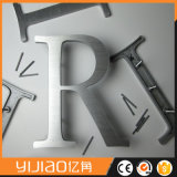 Número de la puerta del metal con diversa talla