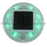 Nueva llegada 8PCS LED Solar Road ojos de gato de luz intermitente