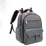 Fraldas para bebés mamãe Saco mochila para mulheres com bolsa mochila Daypack isolados