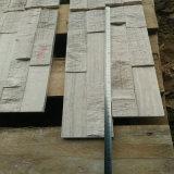 自然な分割表面が付いている大理石の壁の煉瓦か壁のクラッディングまたは文化石