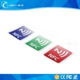 Mini NFC étiquette de PVC imprimable de l'IDENTIFICATION RF avec le collant adhésif