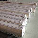 Cortinas novas triplicar-se do projeto para cortinas de indicador