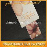 Nuevos diseños de la etiqueta de la caída de la ropa del papel de China (BLFT096)