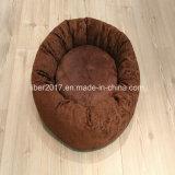 Mobilia rotonda delicatamente calda dell'animale domestico della peluche della base di sofà del cane del gatto del Brown
