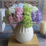 La seta artificiale di Gereen fiorisce il Hydrangea del mazzo per la decorazione della casa di cerimonia nuziale