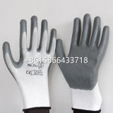 継ぎ目が無いナイロンニットニトリルによって塗られる作業手袋、庭の手袋、大きい黒