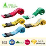 卸し売り中国はプラスチックロックが付いているポリエステルによって編まれるロゴの引き込み式の荷物ベルトをカスタム設計する