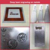 Высокоскоростная машина отметки лазера волокна для ножей звероловства нержавеющей стали, ножей кухни гравируя