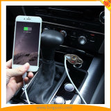 Chargeur 4 de véhicule d'écouteur de Bluetooth dans 1 mini écouteur sans fil d'Earbuds avec la MIC