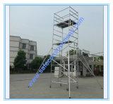 Coffre-fort réussi ce tour en aluminium d'échafaudage pour la décoration