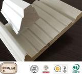 Bâti en bois fait sur commande de Windows