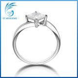 Estilo de moda 1 CT Princess Cortar Moissanite anel de prata para Dom