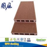 中国からの屋外の使用のための空の木製の合成の床