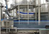 Macchina imballatrice dell'imbottigliamento puro liquido automatico pieno dell'acqua