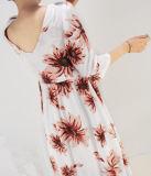 Alineada larga elegante del modelo de flor de las mujeres del poliester