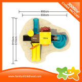 Mini im Freienkind-Spiel-Bereichs-Spielplatz-Gerät schiebt mit Tic Tac der Zehe