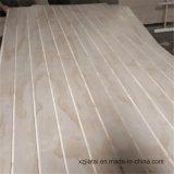 사용 소나무에게 판매를 위한 홈이 있는 상업적인 합판을 하는 1220*2440mm 가구