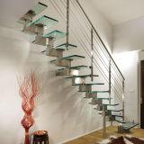Продажи с возможностью горячей замены для использования внутри помещений деревянной лестницей с закаленным стеклом Balustrade