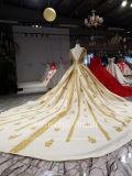 A Guarnição Aoliweiya Golden Lace Satin vestido de casamento