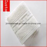 卸売によって自然染められるJacaquard様式の浴室タオル、表面タオル、手タオル、100%年の綿タオル